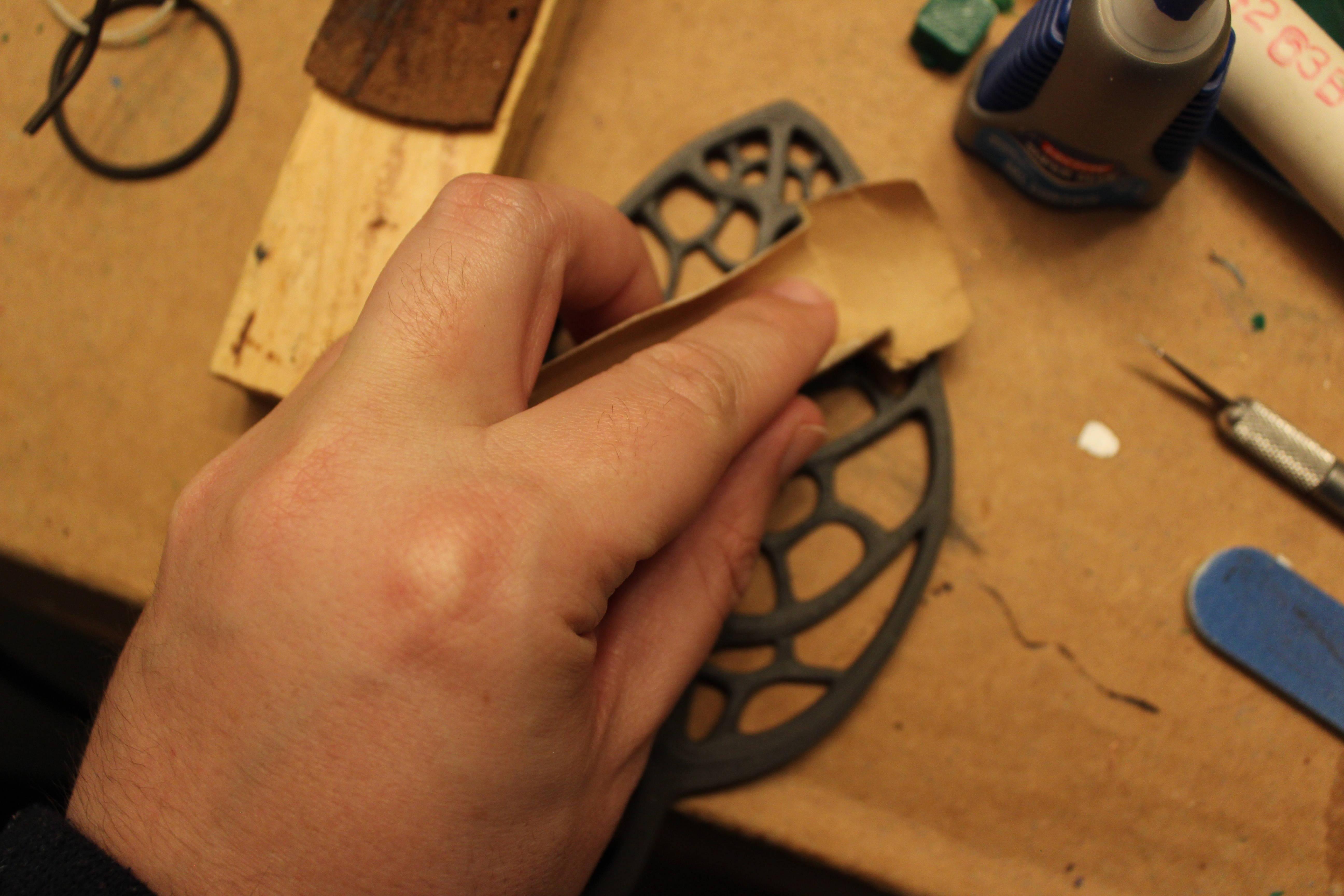 Sanding a leaf - Iron PLA