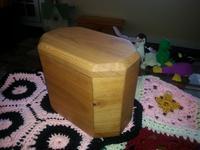 octagonal urn