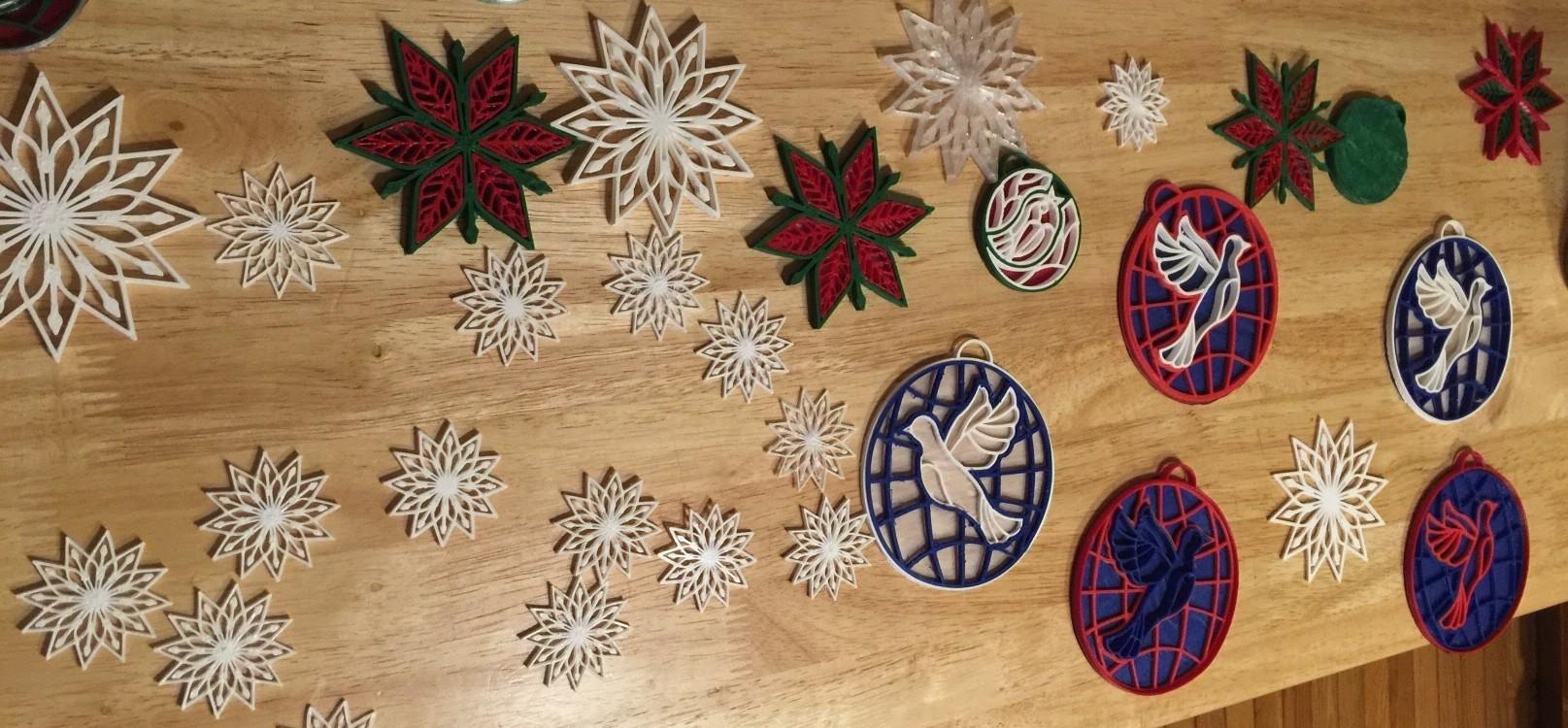 3D Printing Christmas ornament