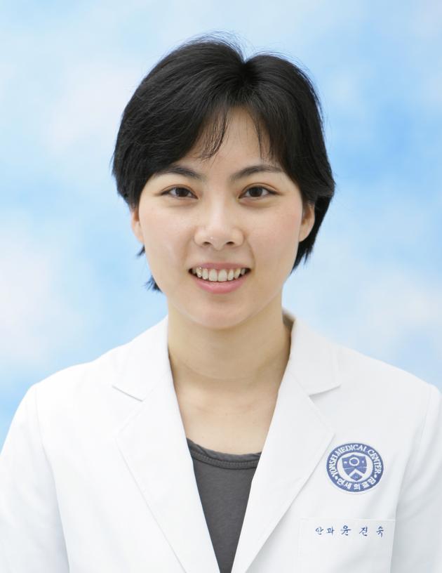 professor Yoon Jin-sock